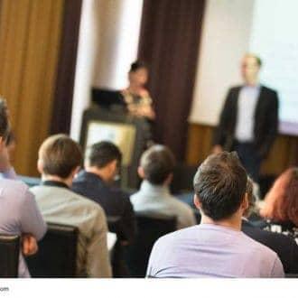 Angst zu reden - vor Gruppen und Publikum